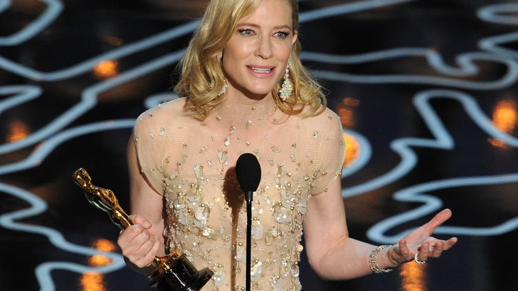 Cate Blanchett a été sacrée meilleure actrice lors de cette 86e cérémonie des Oscars, dimanche 2 mars 2014, à Hollywood, en Californie (Etats-Unis). (KEVIN WINTER / GETTY IMAGES / AFP)