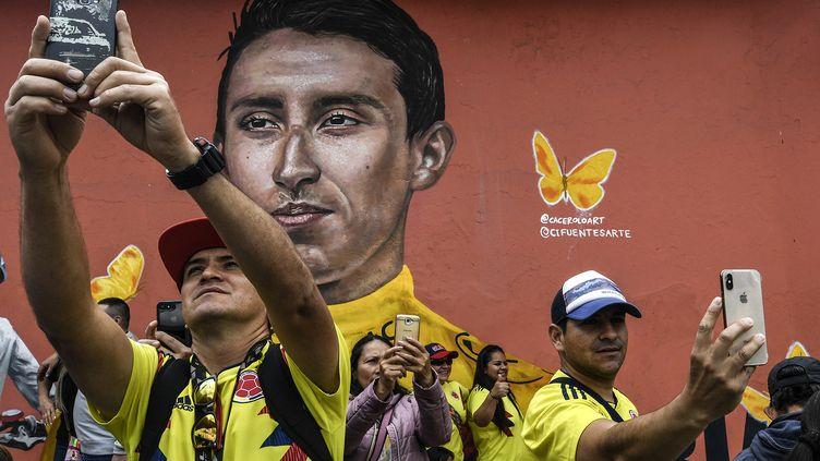 Les habitants deZipaquira Egan Bernal ont fêté mercredi 7 août le retour de leur héros, premier Colombien à remporter le Tour de France.  (JUAN BARRETO / AFP)