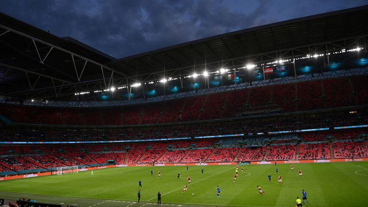 Le match de l'Euro entre l'Italie et l'Autriche au stade de Wembley, à Londres (Royaume-Uni), le 26 juin 2021. (LAURENCE GRIFFITHS / AFP)