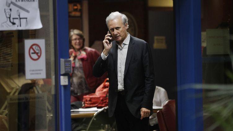 Georges Tron, le 15 novembre 2018, dans le tribunal de Bobigny (Seine-Saint-Denis). (GEOFFROY VAN DER HASSELT / AFP)