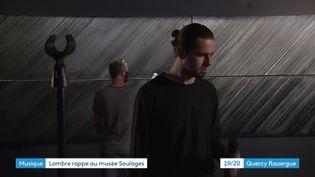 Le rappeur Lombre en tournage au musée Pierre Soualges de Rodez. (CAPTURE D'ÉCRAN FRANCE 3 / L. Tazelmati)