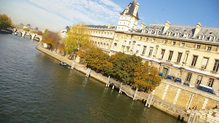 Le Palais de Justice de Paris, sur l'île de la Cité. (NATHANAEL CHARBONNIER / RADIO FRANCE)