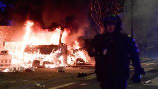 Des émeutes à Nantes (Loire-Atlantique), dans la nuit du mardi 3 juillet 2018. (FRANCK DUBRAY / MAXPPP)