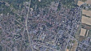 Les faits ont eu lieu peu avant 17 heures, dimanche 6 octobre 2019, dans le quartier de la Cerisaie, à Villiers-le-Bel (Val-d'Oise). (GOOGLE MAPS)