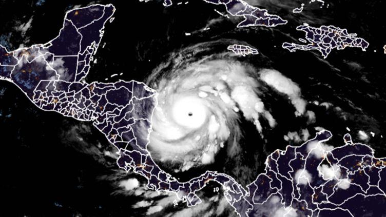 L'ouragan Iota approchant l'Amérique Centrale, le 16 novembre 2020. (AFP)