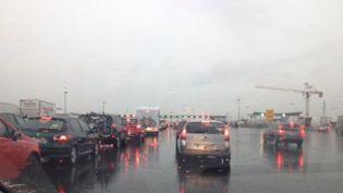 Circulation difficile sur l'A9 autour de Montpellier (Hérault) suite à l'orage, le 12 juin 2015. ( FRANCE 3 LANGUEDOC-ROUSSILLON)