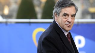 François Fillon arrive à une réuniondes membres européens de la droite et du centre à Bruxelles, le 15 décembre 2016.   (THIERRY CHARLIER / AFP)