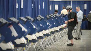 Des milliers d'électeurs américains sont prêts à échanger leur vote avec un inconnu. (SCOTT OLSON / GETTY IMAGES NORTH AMERICA)