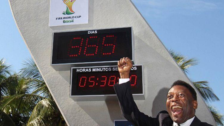Devant la plage de Copacabana, Pelé lance le compte à rebours jusqu'au Mondial-2014