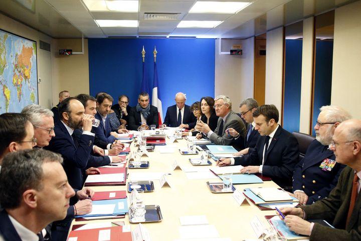 Réunion du conseil de défense à l'Élysée, le 8 mars 2020. (THIBAULT CAMUS / AFP)