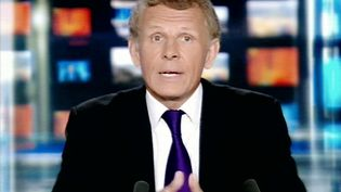 Patrick Poivre d'Arvor lors de son dernier journal de 20 heures sur TF1, le 10 juillet 2008. (AFP)