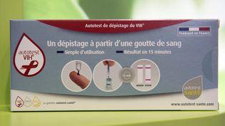 Un autotest de dépistage du VIH, à Bordeaux (Gironde), le 15 septembre 2015. (MAXPPP)