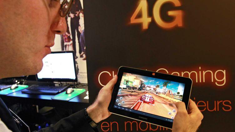 L'operateur de telephonie mobile Orange lors de la presentation de son offre haut débit mobile 4G à Lille (Nord), le 21 novembre 2012. (M.LIBERT / 20 MINUTES / SIPA)