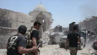Le groupe Etat islamique continue de reculer à Mossoul (Irak). Il s'agit d'un tournant dans la guerre menée contre le terrorisme en Irak. (France 3)