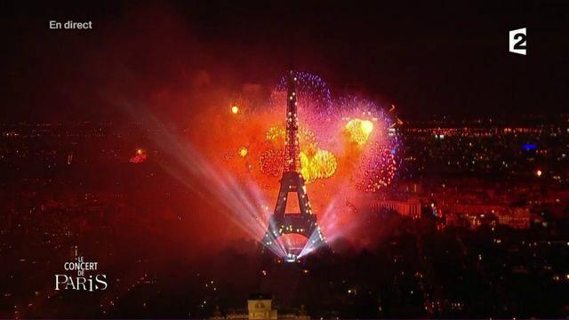 L'intégralité du feu d'artifice du 14-Juillet 2017 à Paris