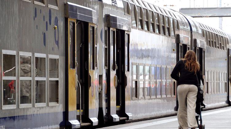 Selon la SNCF, les perturbations sur les lignes régionales seront localisées dans six régions, le 10 septembre 2013. (PHILIPPE HUGUEN / AFP)
