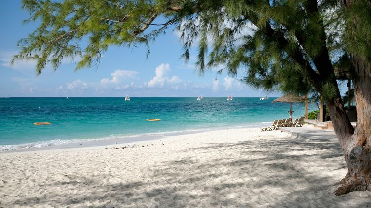 Uneplagedansles îles Turks-et-Caïcos près des Bahamas, le 25 septembre 2016. (DIMITRIOS KAMBOURIS / GETTY IMAGES NORTH AMERICA)