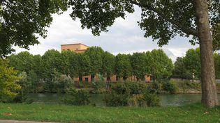 La Seine à L'Ile-Saint-Denis (Seine-Saint-Denis), à hauteur de la Cité du cinéma, le 17 septembre 2015. (MAXPPP)