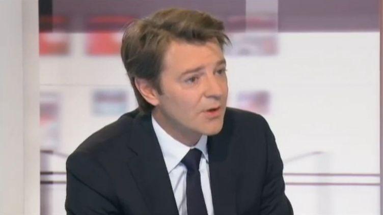 """Le ministre de l'Economie François Baroin le 18 octobre 2011 sur le plateau des """"4 vérités"""" de France 2. (FRANCE 2)"""