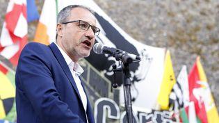 Jean-Guy Talamoni, le président de l'Assemblée corse, à Corte (Haute-Corse), le 6 août 2017. (PASCAL POCHARD-CASABIANCA / AFP)