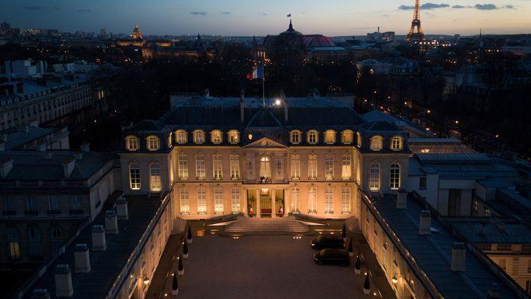 Le palais de l'Elysée filmé le 11 mars 2019. (ERIC FEFERBERG / AFP)