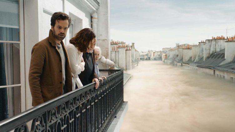 "Romain Duris et Olga Kurylenko dans ""Dans la brue"" de Daniel Roby  (Mars Films)"