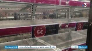Les conséquences du Brexit sont parfois inattendues. Désormais, à la frontière entre le Royaume-Uni et les pays de l'Union européenne, la douane traque aussi les produits alimentaires. Des mesures qui se répercutent sur une enseigne britannique, en France, relève France 3, mercredi 13 janvier. (FRANCE 3)