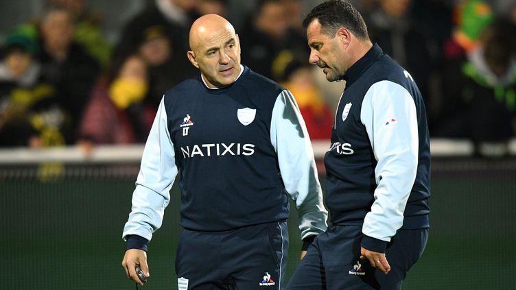 Laurent Travers (gauche) et Laurent Labit (droite) voient leur duo d'entraîneur se terminer après treize ans de collaboration. (XAVIER LEOTY / AFP)