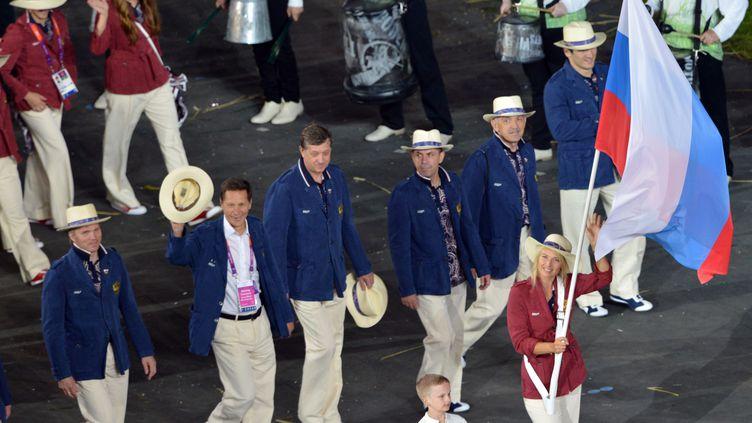 délégation russe lors de la cérémonie d'ouverture des JO 2012 (SAEED KHAN / AFP)