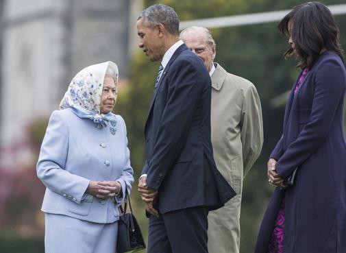 La reine Elizabeth et son époux, le prince Philip, accueillent le président des Etats-Unis, Barack Obama, et la Première Dame, Michelle Obama, au château de Windsor le 22 avril 2016