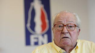 Le président d'honneur du Front national, Jean-Marie Le Pen, donne une conférence de presse à Marignane (Bouches-du-Rhône), le 31 mai 2017. (FRANCK PENNANT / AFP)