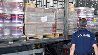 Les brigades des douanes d'Hendaye, de Millau et de Narbonne ont réalisé 4 saisies de près de 1,3 tonne de cannabis entre le 23 et le 24 mai derniers. (DOUANE FRANCAISE)
