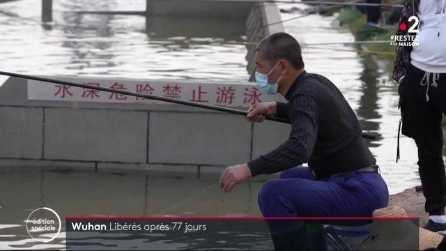 Coronavirus : Wuhan sort du confinement alors qu'une deuxième vague menace l'Asie