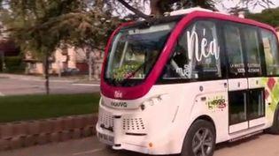 C'est une première mondiale : la ville de Gap (Hautes-Alpes) a inauguré sa première navette autonome, baptisée Néa. Elle n'a ni conducteur ni électricité. (FRANCE 3)