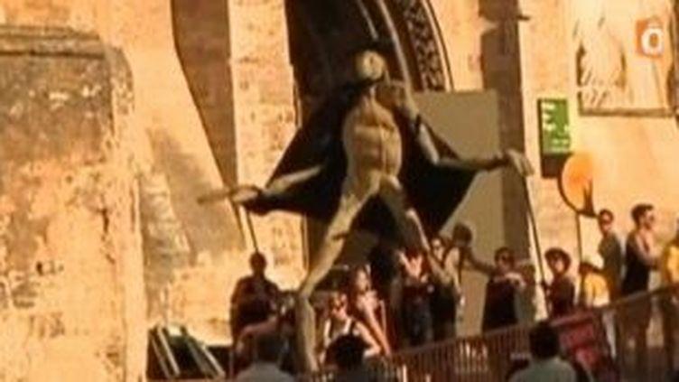 La parade des comédiens ouvre le Festival Off d'Avignon  (Culturebox)