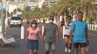 Covid-19 : le port du masque devient obligatoire à Nice (FRANCEINFO)