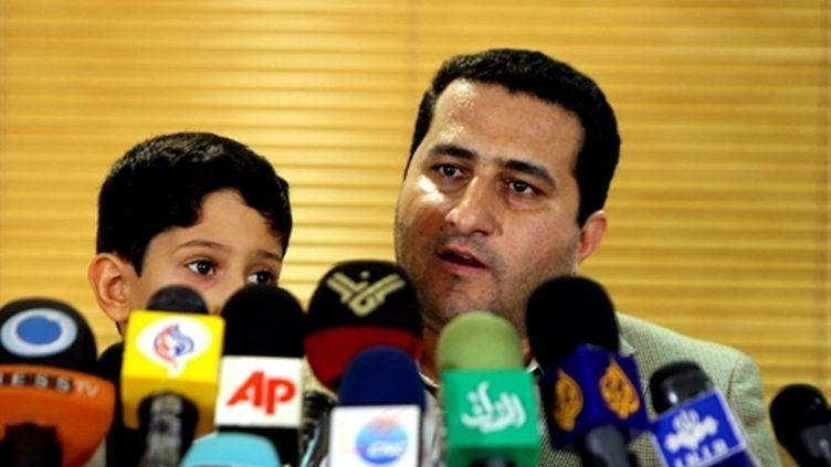Shahram Amiri, en conférence de presse à son retour à Téhéran le 15/07/10 (AFP Atta Kenare)