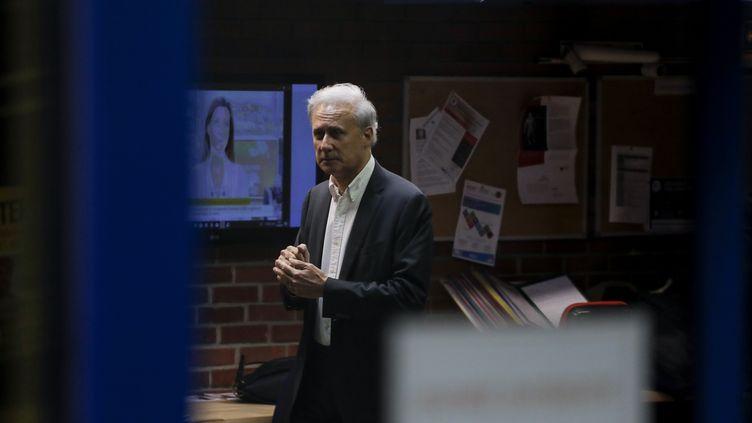 Le maire de Draveil (Essonne) le 23 octobre 2017 au tribunal de Bobigny (Seine-Saint-Denis). (THOMAS SAMSON / AFP)