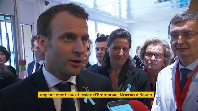 VIDEO. Emmanuel Macron en visite au CHU de Rouen