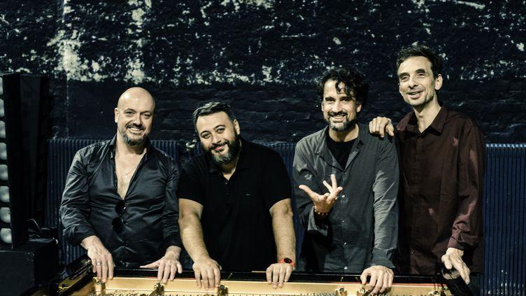 Les pianistes Bojan Z, Éric Legnini, Baptiste Trotignon et Pierre de Bethmann ouvriront ensemble, sur scène, Jazz à la Villette le 4 septembre 2020 à la Philharmonie de Paris (Didier Péron)