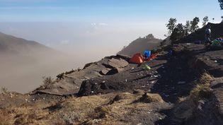 Guillaume Del-Valle, un touriste français, qui se trouvait sur le Mont Rinjani en Indonésie, le 30 juillet 2018. (Guillaume Del-Valle)