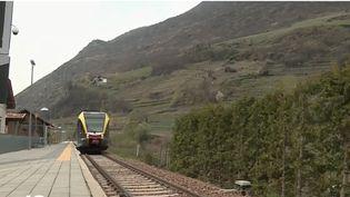 Une petite ligne de train a été rouverte dans les Alpes italiennes. (FRANCE 2)