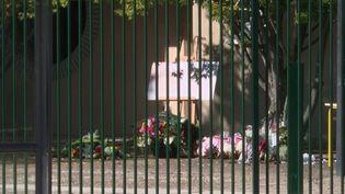 Assassinat de Samuel Paty : une cérémonie d'hommage au collège du Bois d'Aulne (France 3)