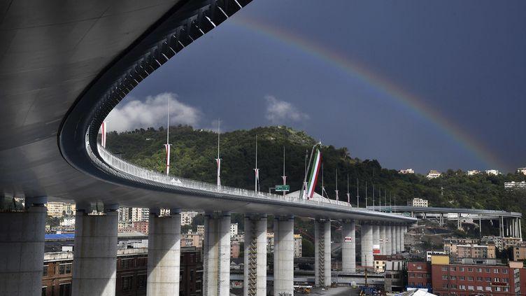 Une vue du pont San Giorgio lors son inauguration à Gênes (Italie), lundi 3 août 2020. (LUCA ZENNARO / POOL / AFP)