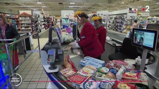 Coronavirus : les employés de supermarchés témoignent