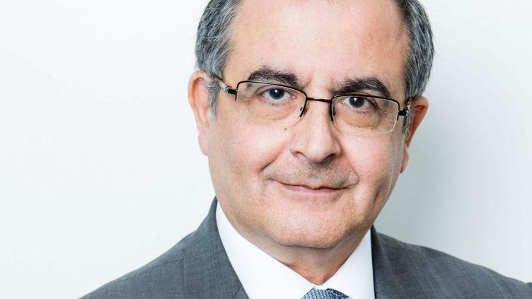 Serge Nedjar, le directeur de la chaine d'information i-Télé qui devient CNews lundi 27 février 2017. (PHILIPPE MAZZONI / ITELE)