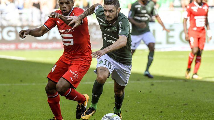 Ludovic Baal (Rennes) et Rémy Cabella (Saint-Etienne) à la lutte