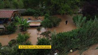 Intempéries : le Sud-Est de la France frappé par des pluies abondantes (FRANCEINFO)