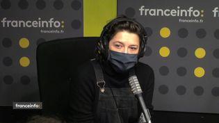Emma de Caunes, actrice, réalisatrice. (CAPTURE D'ECRAN DAILYMOTION)