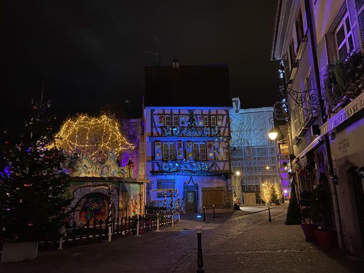 Le centre-ville de Colmar (Haut-Rhin), fin décembre 2020. (LAURIANE DELANOE / RADIO FRANCE)